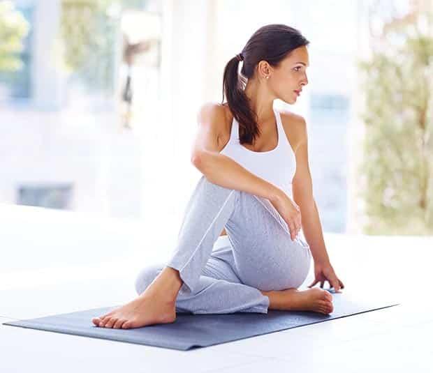 yoga chez soi 3 conseils pour pratiquer la maison. Black Bedroom Furniture Sets. Home Design Ideas