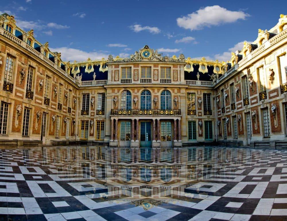 Les plus grandes maisons du monde for Maison du monde es