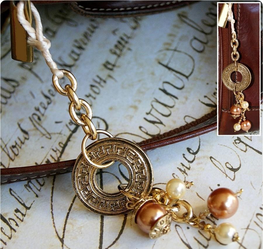 4 astuces pour nettoyer vos bijoux mode for Astuce pour nettoyer des bijoux en argent
