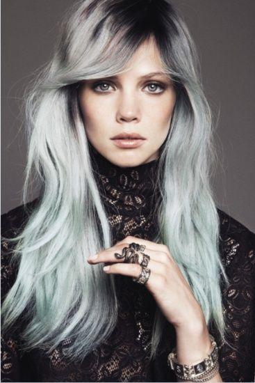 les couleurs de cheveux tendance de lhiver - Coloration Rouge Framboise