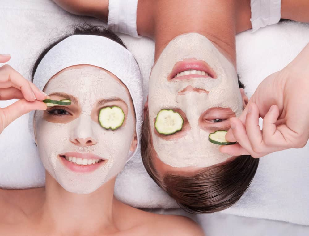 masque visage fait maison 4 recettes pour cocooner votre. Black Bedroom Furniture Sets. Home Design Ideas