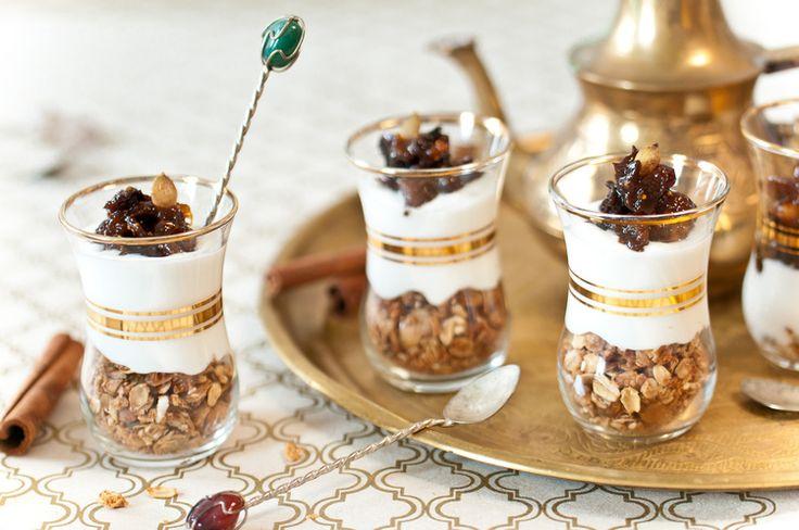 Yaourt fait maison 3 recettes d guster absolument for Porte yaourt