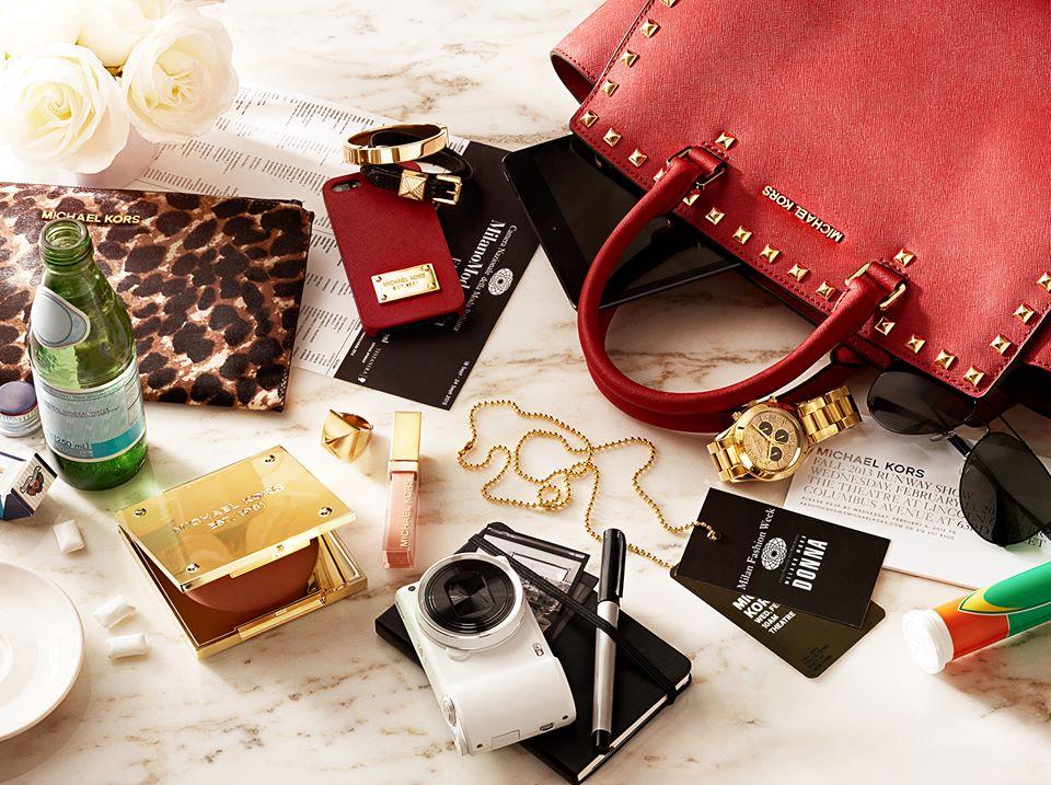 Les indispensables mettre dans votre sac main - Pochette pour mettre dans sac a main ...