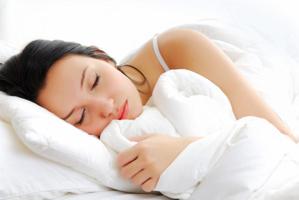 bien tre 3 positions pour mieux dormir. Black Bedroom Furniture Sets. Home Design Ideas