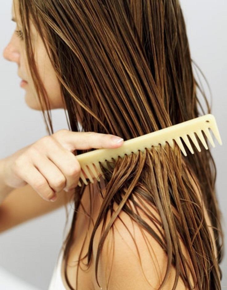 Le masque avec la moutarde effectif pour les cheveux
