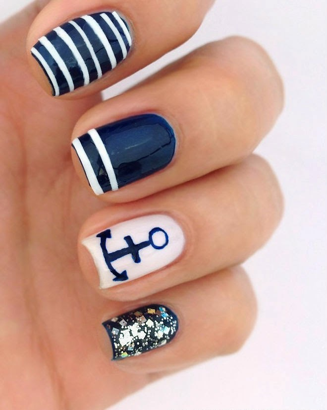 Tuto marine nail art - Ongle bleu marine ...
