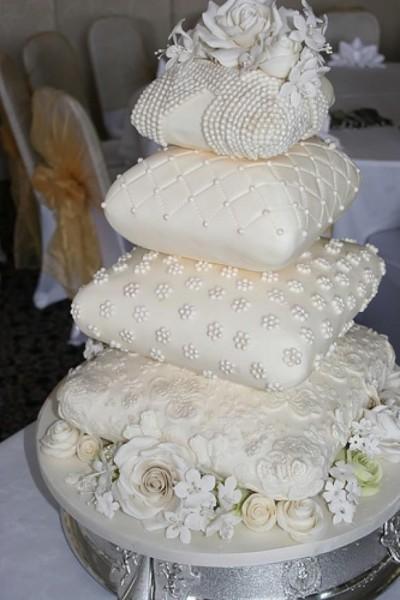 30-gateaux-de-mariage-inoubliables-25