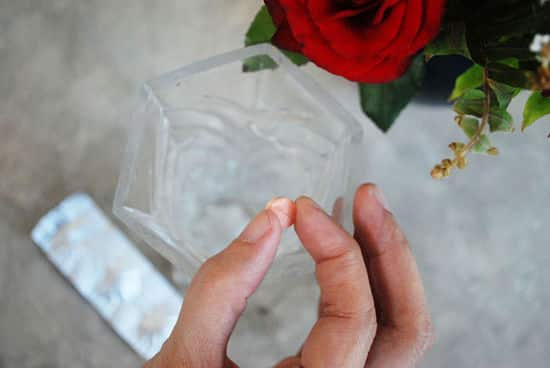 4 conseils pour conserver des fleurs coup es plus longtemps. Black Bedroom Furniture Sets. Home Design Ideas
