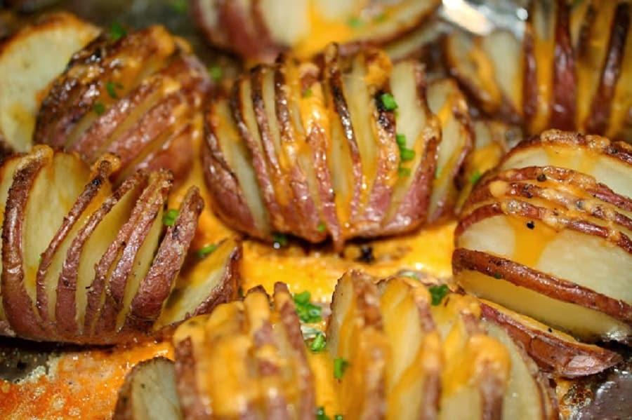 4 fa ons de cuisiner les pommes de terre au four - Cuisiner le cabillaud au four ...