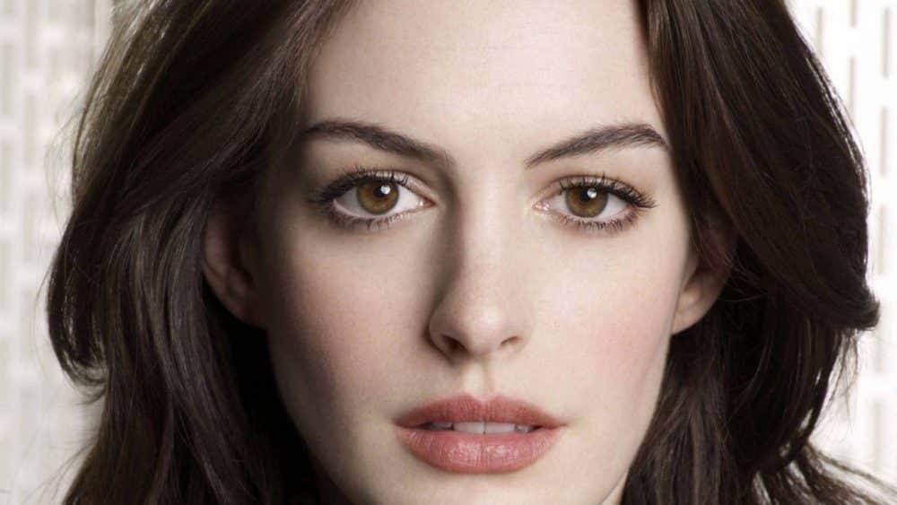 Comment vous maquiller selon la forme de vos yeux ? • Beauté