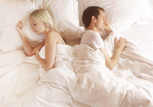 ce-que-revele-votre-maniere-de-dormir-a-deux-sur-votre-couple-1