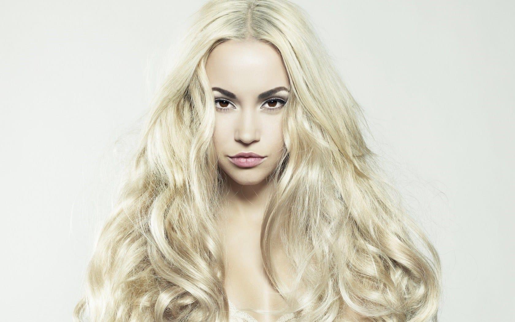 Les cheveux terne quelles vitamines ne saisit pas