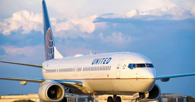 Leggings interdits à bord de la compagnie aérienne United Airlines 5