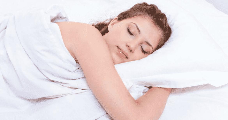7 choses qui peuvent vous emp cher de dormir. Black Bedroom Furniture Sets. Home Design Ideas