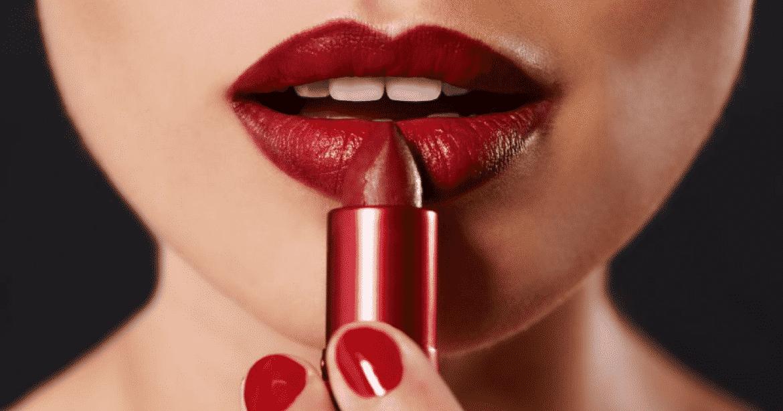 Lèvres Quel Choisir La Rouge À Couleur Ma De Selon Peau L3ARq54j
