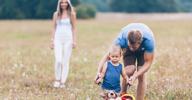 """Selon des psychologues de Harvard, les parents qui élèvent de """"bons enfants"""" font ces 5 choses 3"""
